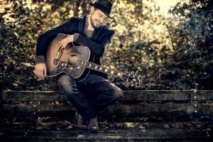WILLER_guitar1_cFrank-Metzemacher