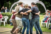 maries-wedding-trio-folk-im-park-02